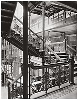 Bradbury Building, Los Angeles, 1980.  ( )